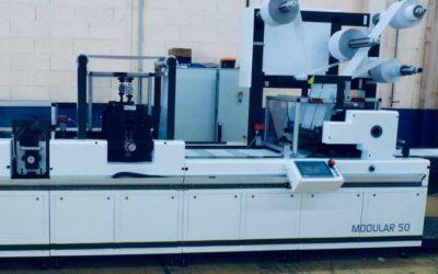 TagG s'équipe d'une nouvelle machine de façonnage et de finition